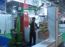 Manipulador para cajas con sistema de agarre por vacío, manejo ergonómico y seguro en modo gravedad cero, aumentar la productividad en la empresa.