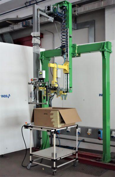 Imballaggio di condizionatori facile e veloce con l'ausilio di un Linear Manipulator INDEVA