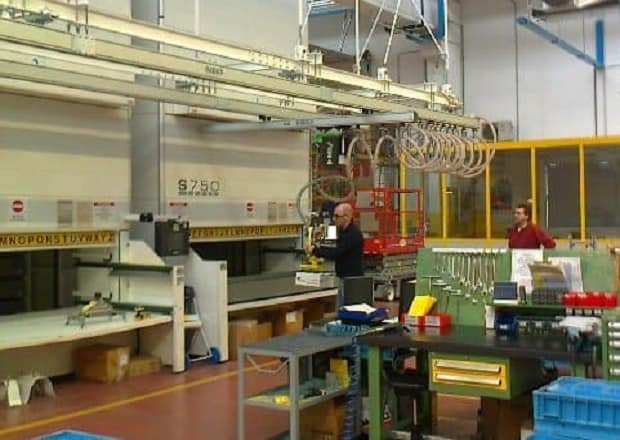 Vertical-warehouse-INDEVA-load-handling